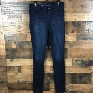 OLD NAVY JEANS ROCKSTAR MID RISE WITH STRETCH